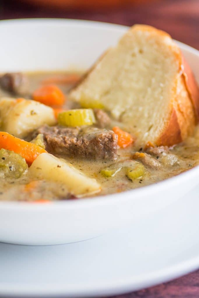 My mom's Simple Beef Stew recipe is my favorite comfort food! | #EasyDinner | #SundayDinner |