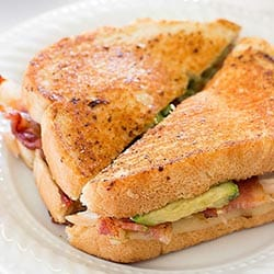 Spicy Chicken Bacon Avocado Grilled Cheese Sandwich – A grown up ...