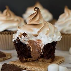 Gooey Chocolate S'mores Cupcakes