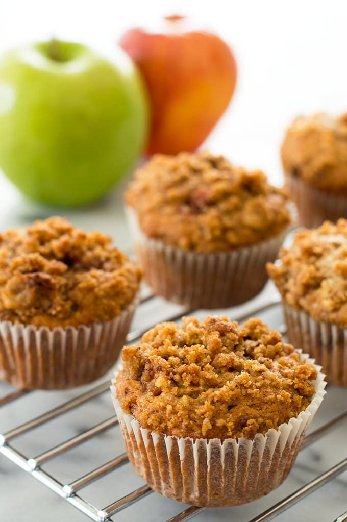 ... apple cinnamon crumb muffins apple cinnamon crumb muffin recipe apple