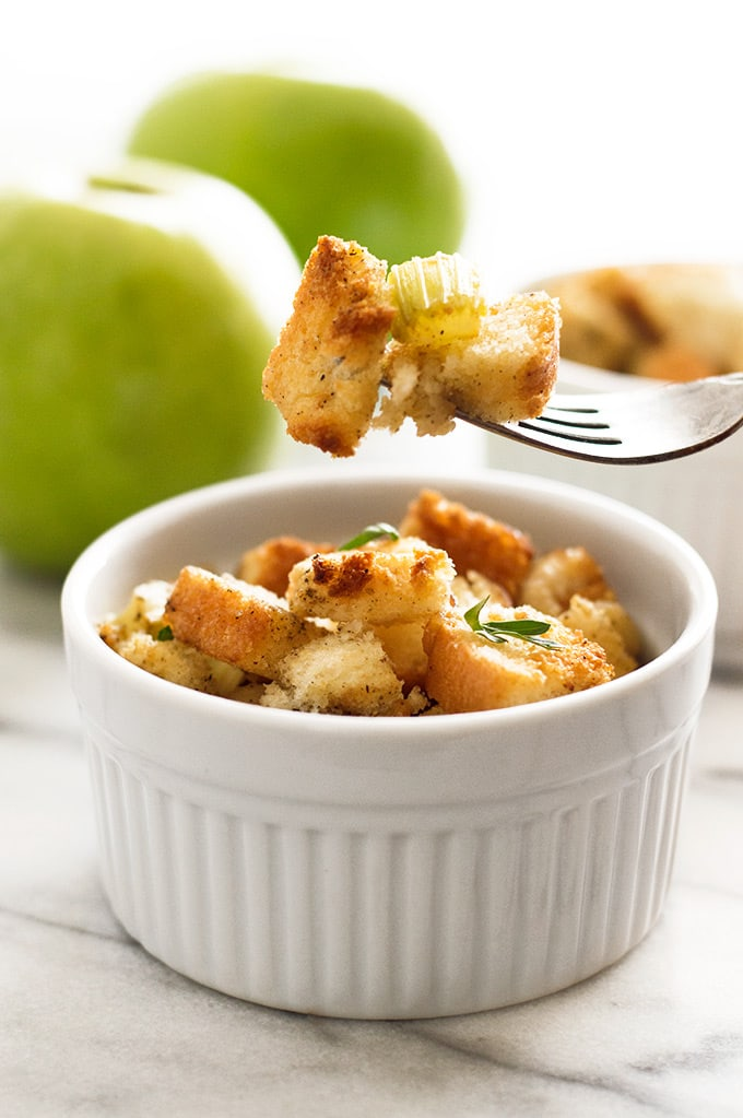 Easy apple stuffing with crispy, buttery bread bread, celery and tart apples. A perfect simple side dish for two. Recipe includes nutritional information. From BakingMischief.com