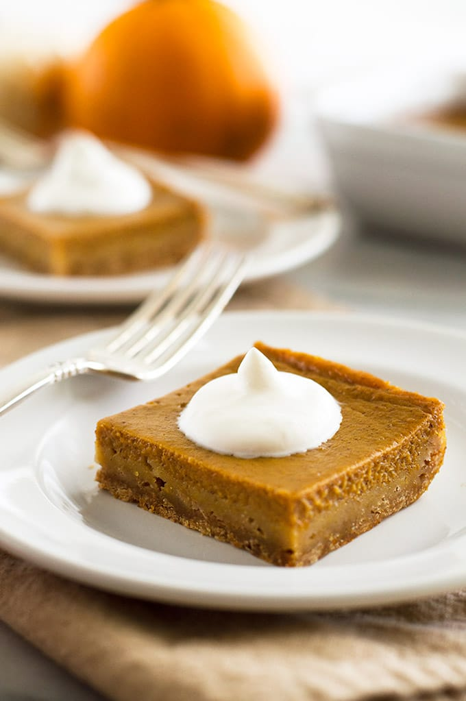 Mini Pumpkin Pie With Graham Cracker Crust Baking Mischief