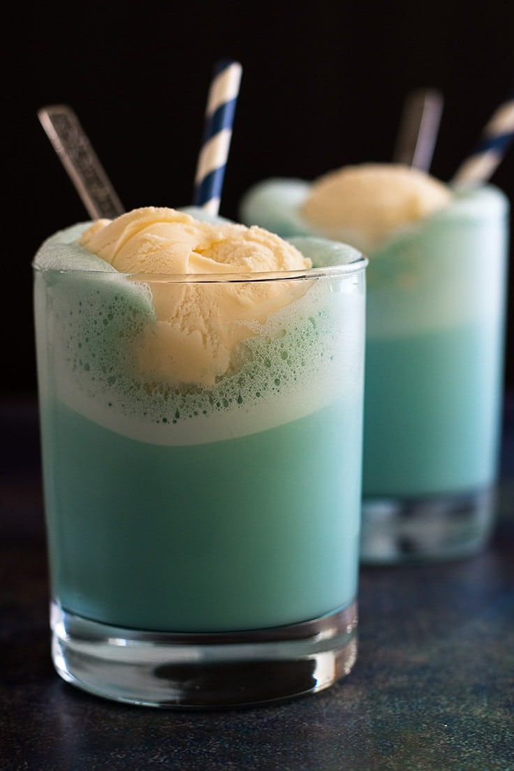 This Frosty Bantha Milk is the perfect drink for your next Star Wars Party!