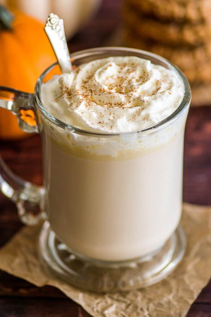This Chai White Hot Chocolate could not be quicker or easier to make. | #HotChocolate | #Chai | #WhiteChocolate | #Drinks | #Christmas |