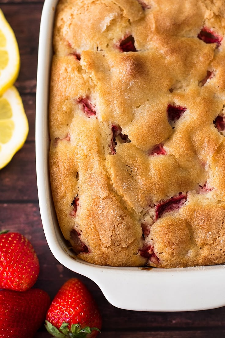 This mini strawberry breakfast cake is a perfect breakfast recipe for two to four people.