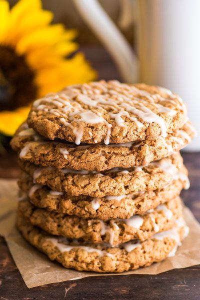 Small-batch Oatmeal Cookies with Icing
