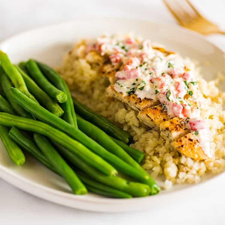 Chicken Dishes Over Rice: Keto Chicken In Cream Sauce
